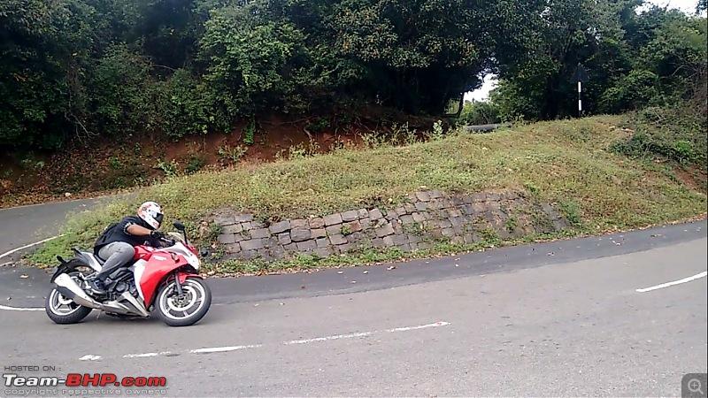Rs. 2273 per BHP! Prassy's pre-worshipped KTM Duke 390-i.jpg