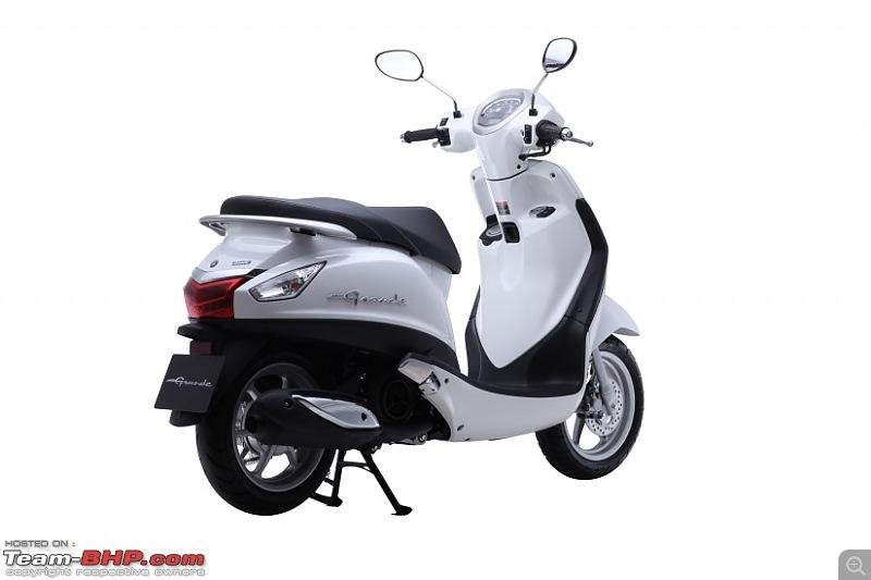 Yamaha Nozza Grande scooter spotted testing in India-yamahanozzagranderearquarter.jpg