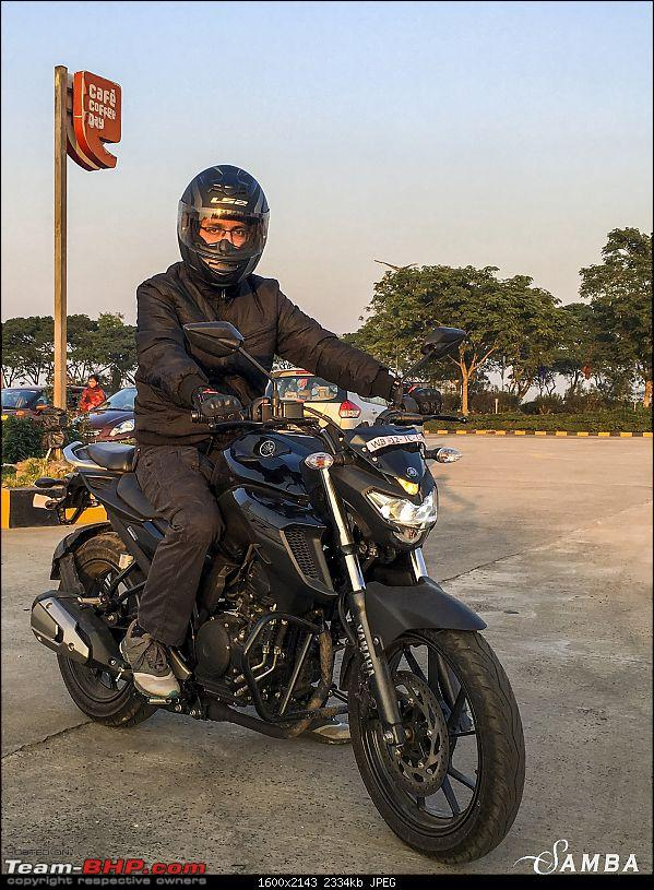 Yamaha FZ25 : An Owner's Point of View-riding-position-1.jpg