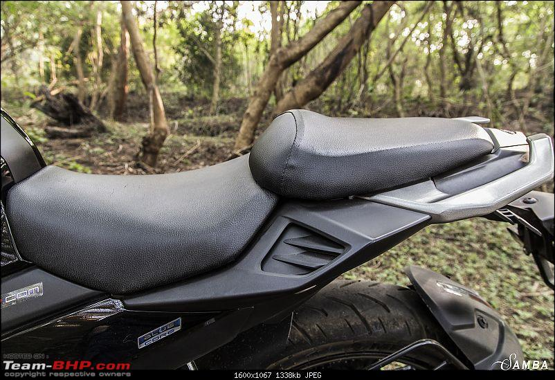 Yamaha FZ25 : An Owner's Point of View-riding-position-2.jpg