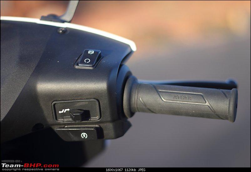 Ather 450 Electric Scooter - Detailed Review-switchgear_right_1600.jpg
