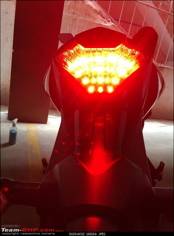 My journey from a Ninja 300 to a Yamaha YZF-R3-led-tail-action.jpg