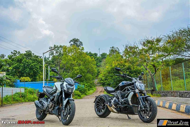 The Motorcycle Copycat / Lookalike Thread-xdiaveldominar400meetupcomparison17.jpg