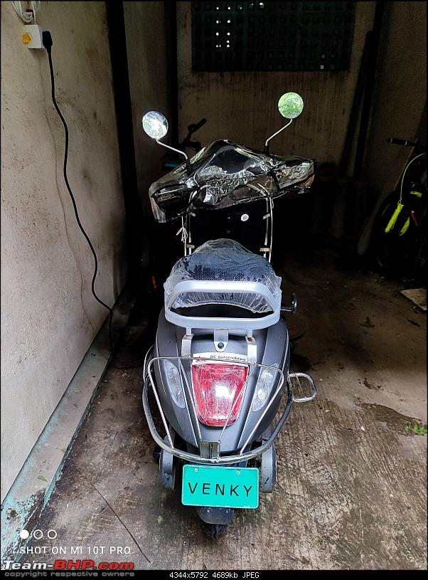 Pure EPluto 7G Electric Scooter   Ownership Review-charg.jpg