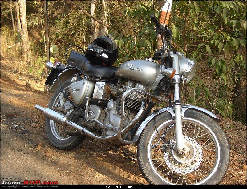All T-BHP Royal Enfield Owners- Your Bike Pics here Please-r_malshej-ghat-053.jpg
