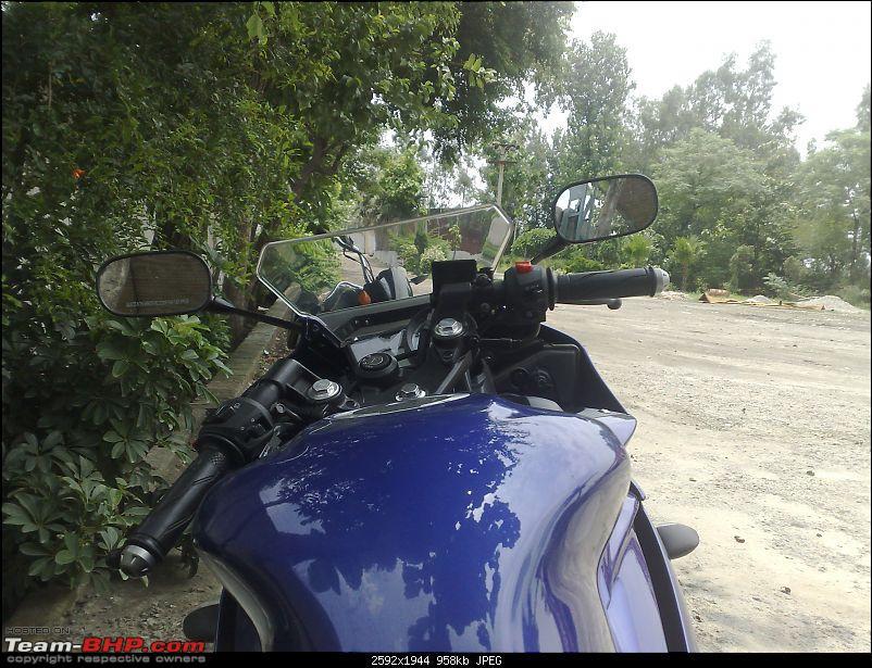 Getting my hands on the new Yamaha R15-12072008265.jpg