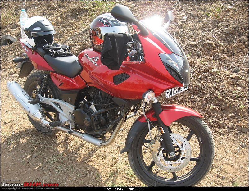 Pulsar 220 (new) or the Apache RTR 180 - EDIT - Bought Pulsar 220 M-p220-001.jpg