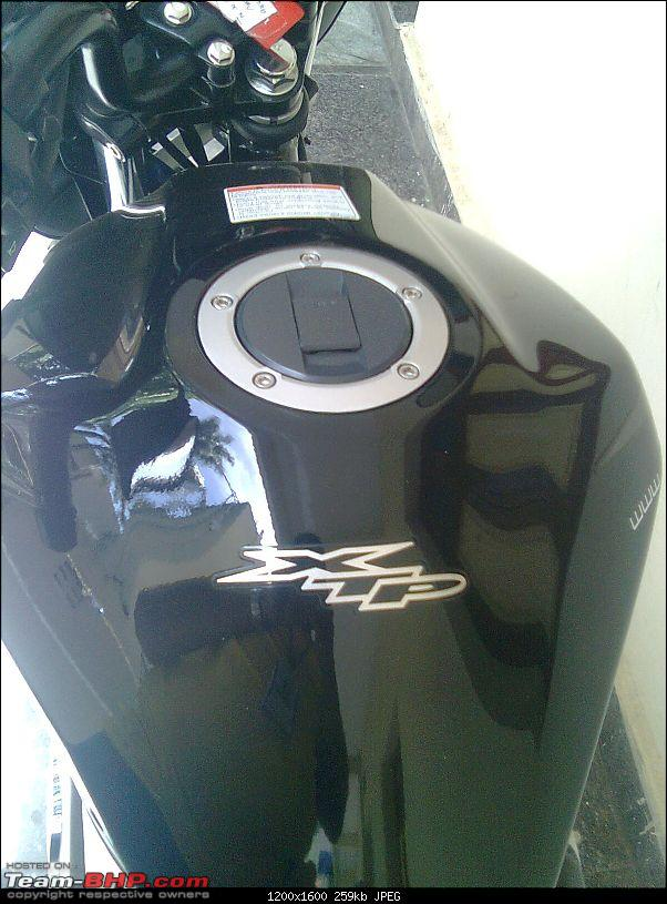 Review of Suzuki GS 150R-fueltank2.jpg