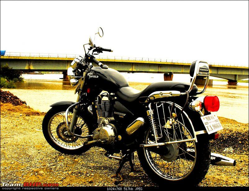 All T-BHP Royal Enfield Owners- Your Bike Pics here Please-dscf2569n.jpg