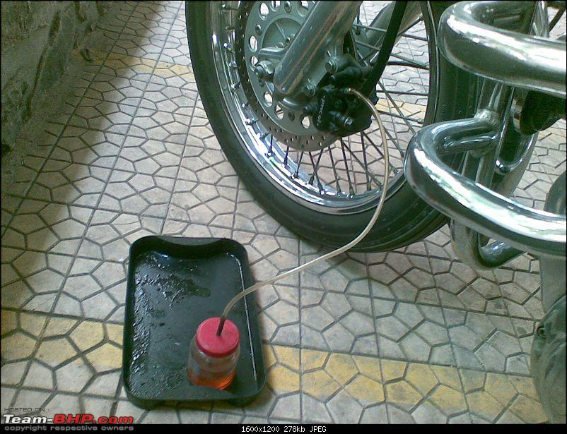 DIY Service: Royal Enfield-brake_08.jpg