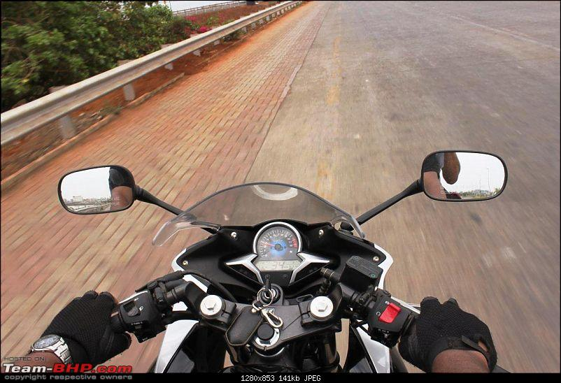 Honda CBR 250R - Initial Ownership Review-handle-console.jpg