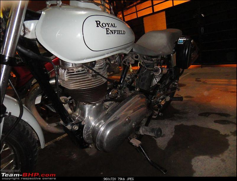 Lana and me, to death do us apart. My Royal Enfield 500-313560_2449803085926_1277436495_2885299_1410583506_n.jpg