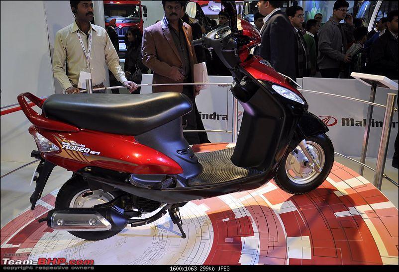 Mahindra 2-Wheelers @ Auto Expo 2012-mahindra-scooters_autoexpo-2012-17.jpg