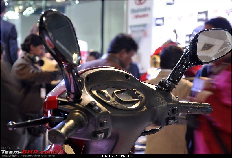 Mahindra 2-Wheelers @ Auto Expo 2012-mahindra-scooters_autoexpo-2012-20.jpg