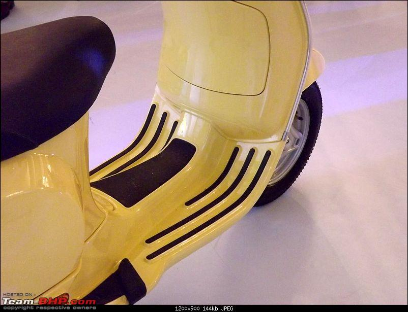 Rebirth : Vespa Scooters Launched in India @ Rs. 66,000-floor-grips-5.jpg