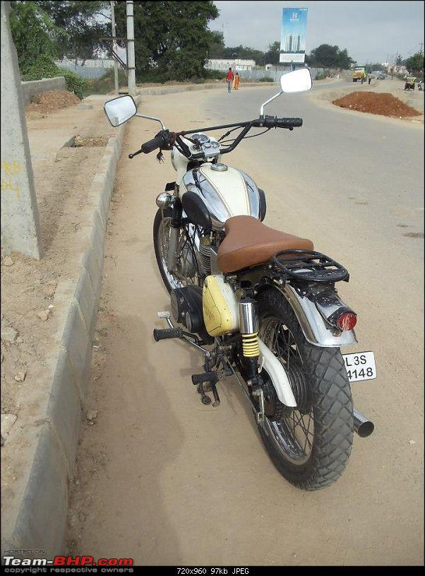 All T-BHP Royal Enfield Owners- Your Bike Pics here Please-292456_10151009151872828_340996583_n.jpg