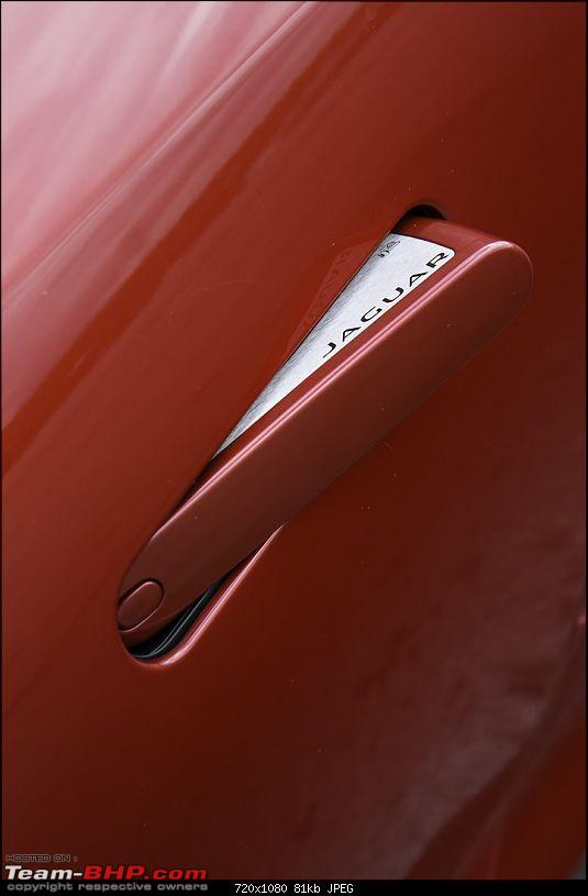 Jaguar F-Type : Driven-doorhandle-open.jpg