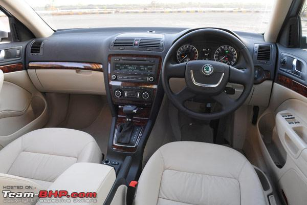 Name:  skoda_laura_interior.jpg