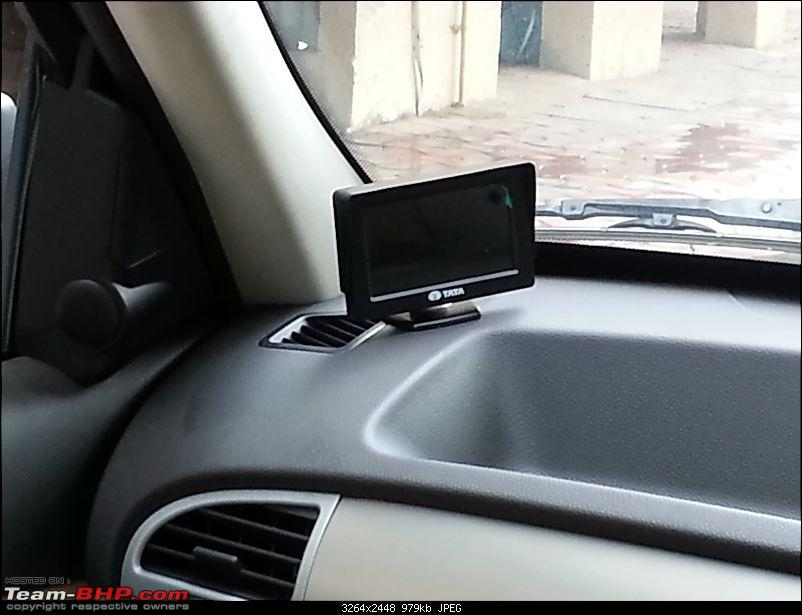 Tata Safari Storme : Official Review-reverse-cam.jpg