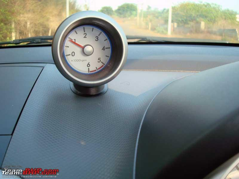 Name:  Neat dash mounted Tacho.jpg