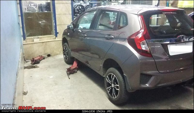 Honda Jazz : Official Review-during-change.jpg