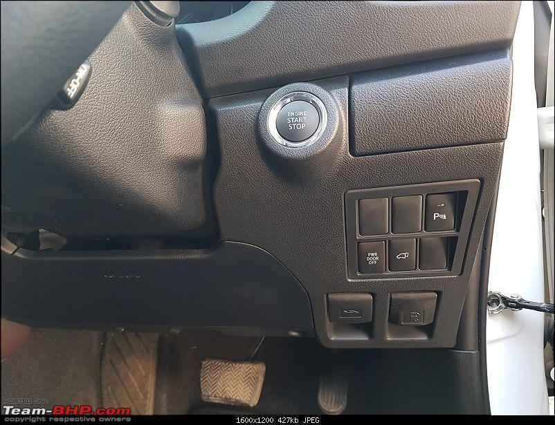 Toyota Fortuner : Official Review-auxiliary-controls.jpg
