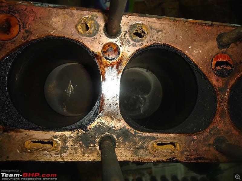 Daimler Tales - 1947 Daimler DB18 Luxury Saloon-6-headgasket-leak-between-cylinders.jpg