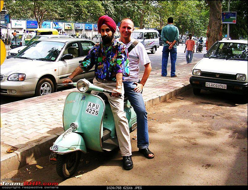 Vespas and Vespas only-vespa02.jpg