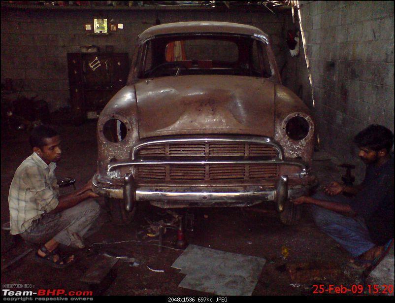 fully restored 1961 model Hindustan Ambassador-boys-giving-helping-hand.jpg