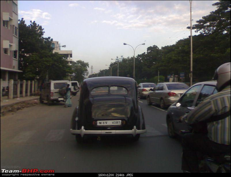 Spotted: Old Classic Car @ Chennai. EDIT : It's a Humber Snipe-04122009009.jpg