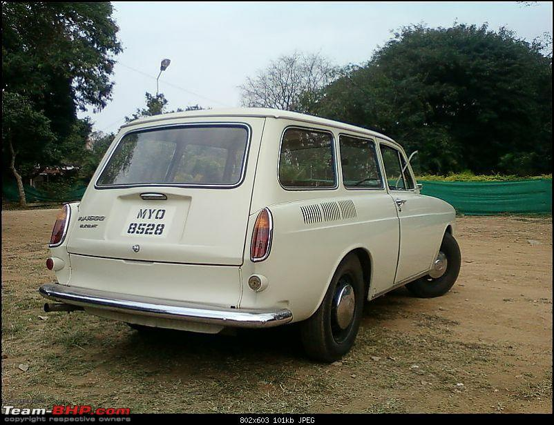 Bone Stock 1967 VW Variant-8.jpg