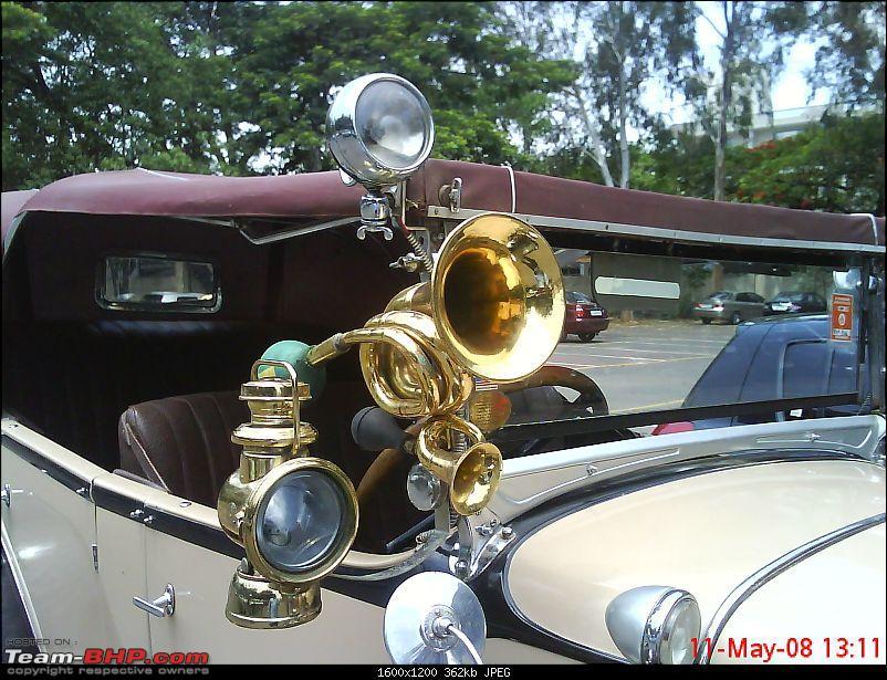A Chevrolet Classic-horn-lantern.jpg