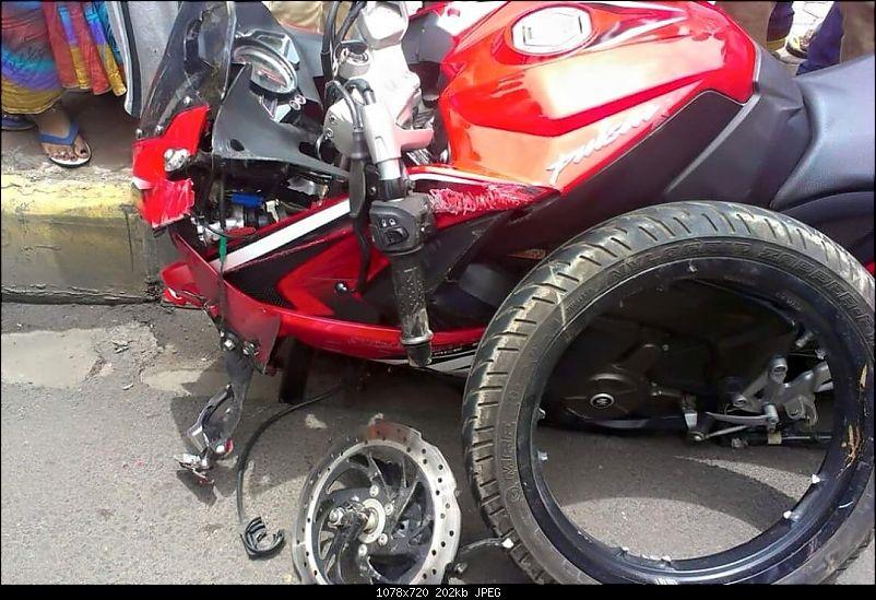 Analysis: KTM Duke 390 Alloy wheel cracking problem-bajajpulsaraccidentalloywheelfailure.jpg