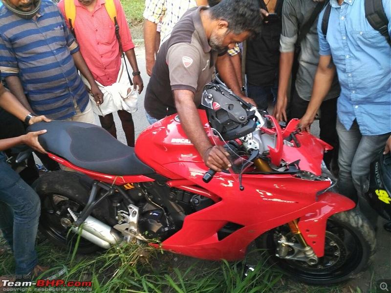 Superbike crashes in India-whatsapp-image-20171205-19.03.35.jpeg