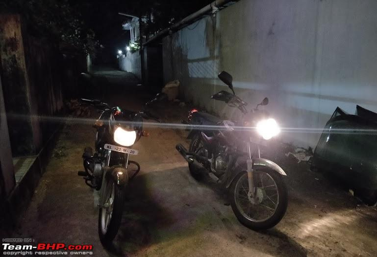 Why do 2-wheeler lights dim / brighten depending on