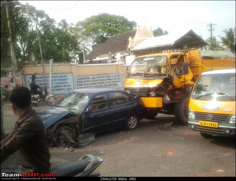 Pics: Accidents in India-20121126-15.04.59.jpg