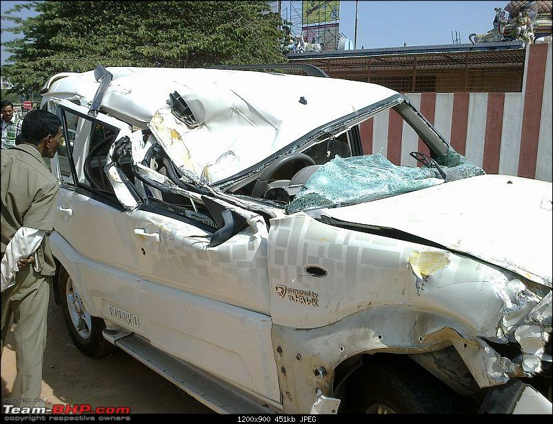 Pics: Accidents in India-10012013124.jpg