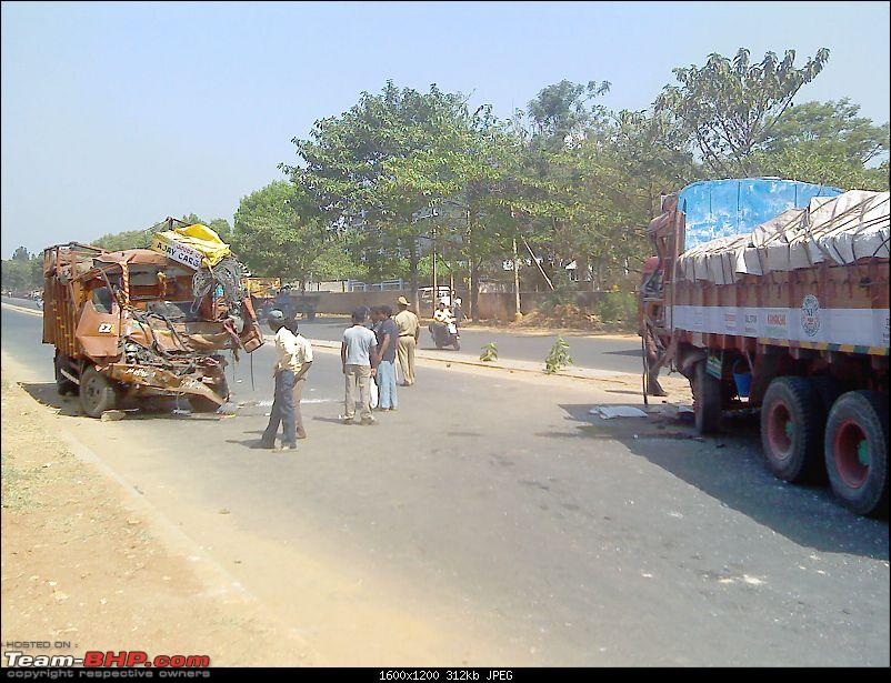 Pics: Accidents in India-octo8559.jpg