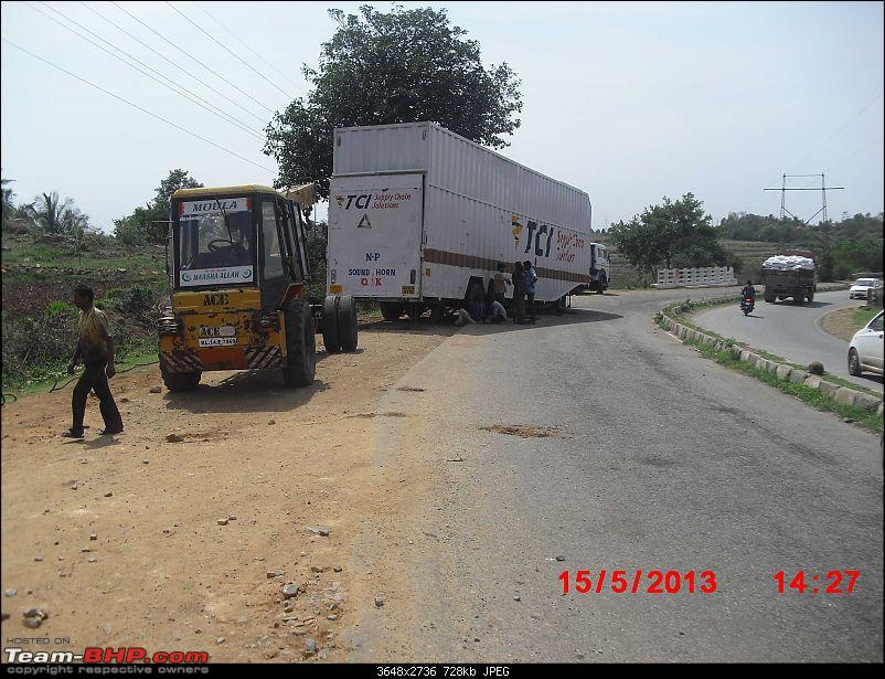 Pics: Accidents in India-01_the_wrecker.jpg