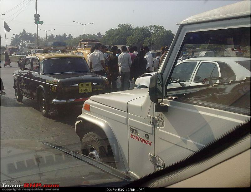 Pics: Accidents in India-29032011099.jpg
