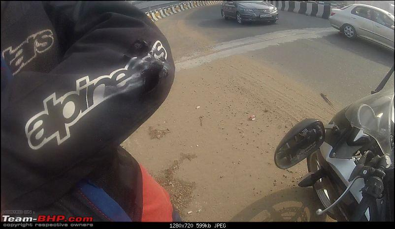 Pics: Accidents in India-vlcsnap2013111021h35m38s221.jpg