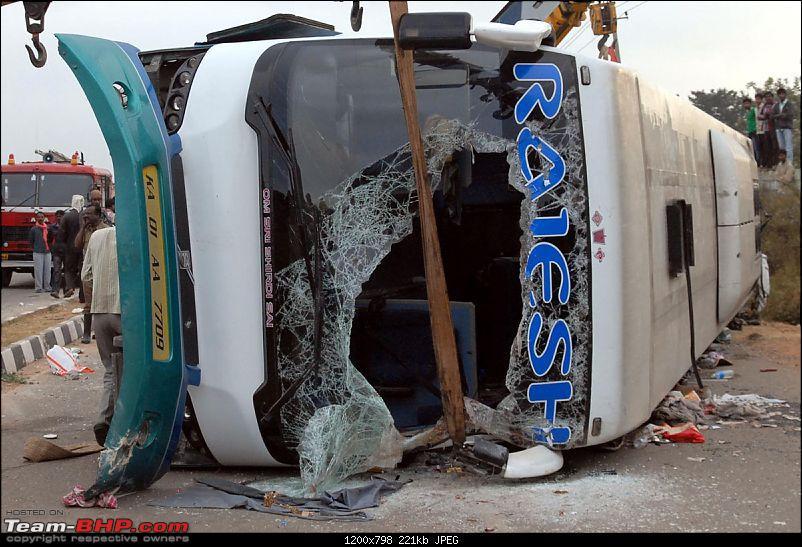 Pics: Accidents in India-volvo_1.jpg