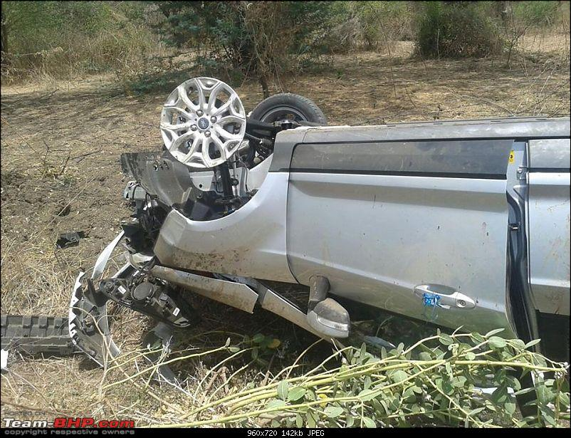 Pics: Accidents in India-xuvecosport-11014843_381998195327981_3231360672360704633_n.jpg