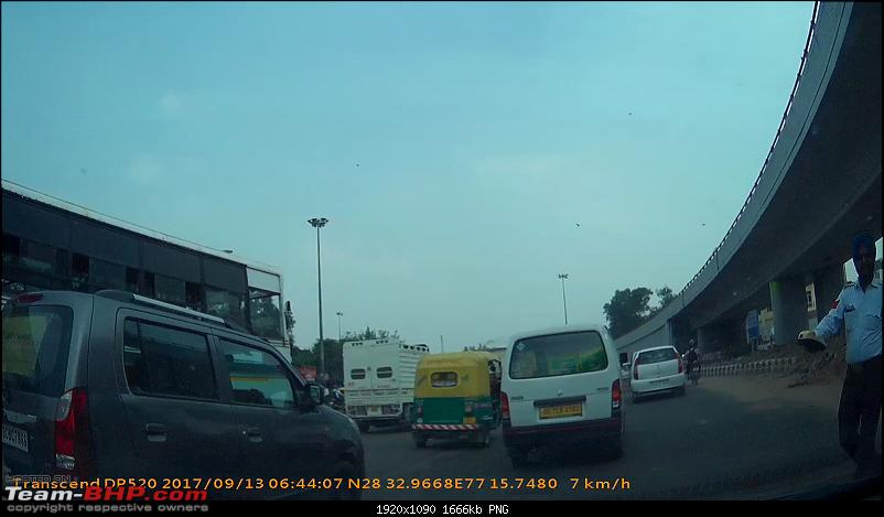 Supreme Court Committee on Road Safety and its actual implementation-vlcsnap2017091600h03m02s295.png