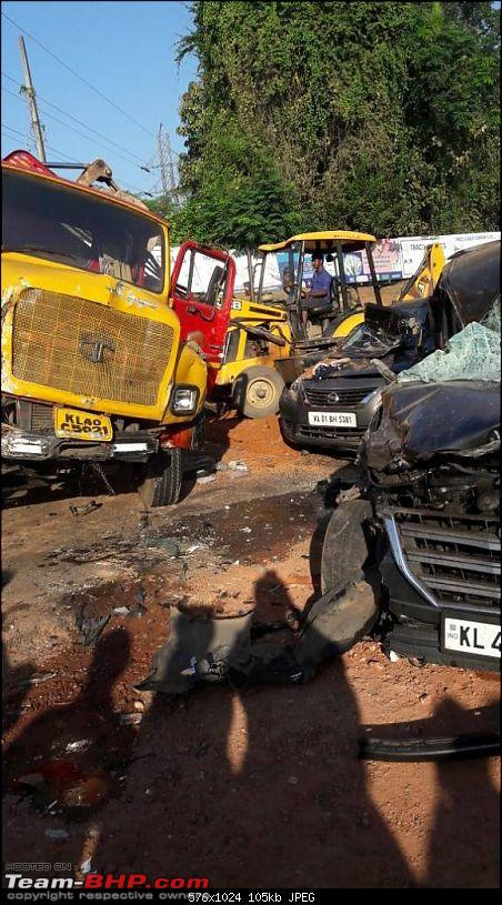 Pics: Accidents in India-1513839180760.jpg