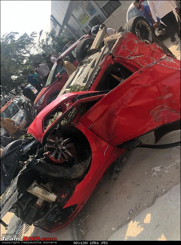 Massive Polo GTI accident in Hyderabad - Falls off a flyover!-5.jpg