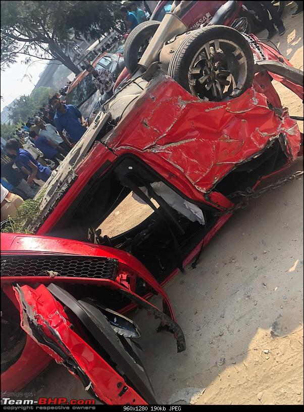 Massive Polo GTI accident in Hyderabad - Falls off a flyover!-8.jpg