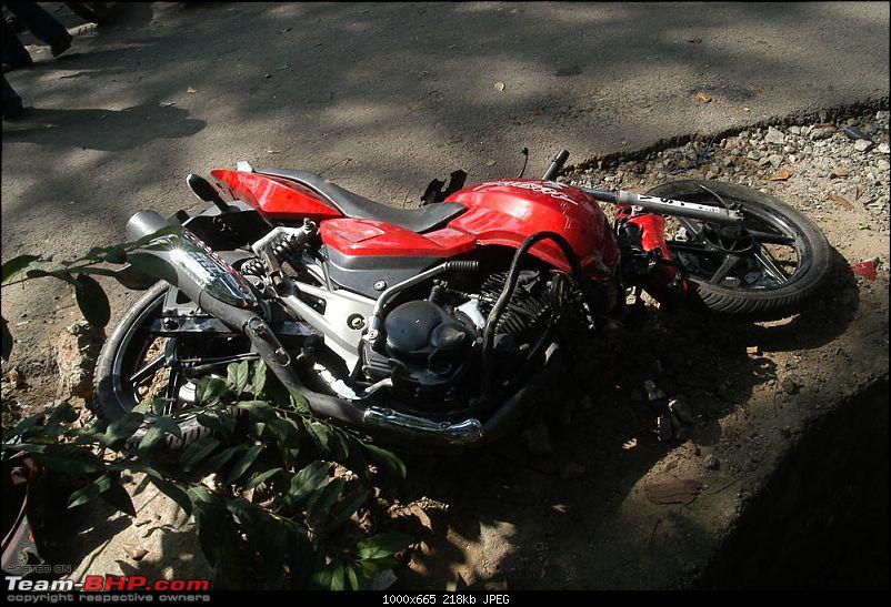 Pics: Accidents in India-btm-1.jpg