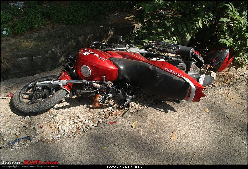 Pics: Accidents in India-btm.jpg