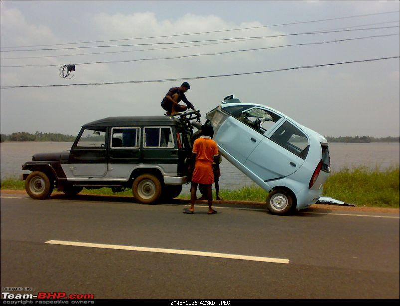 Pics: Accidents in India-02042010943.jpg